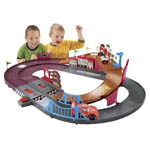 Shake and Go Disney Cars Speedway Race Track